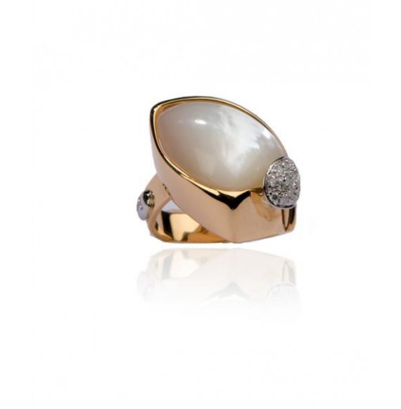 ANILLO ORO ROSA 18K CON MADREPERLA Y DIAMANTES