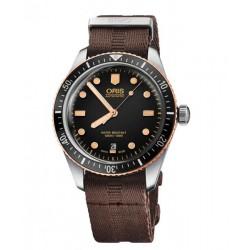 Oris Divers Sixty Five textil marrón 40 mm.