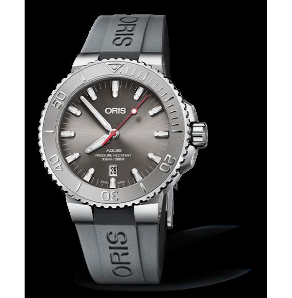 Reloj gris Oris Aquis 01 733 7721 4055-07 5 21 31FC automático de acero inoxidable para hombre