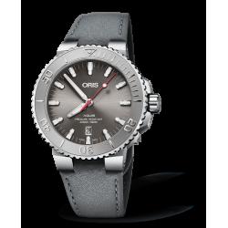 Reloj Oris Aquis Date Relief automático de acero y piel para hombre