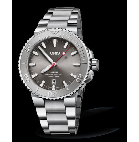 Reloj gris Oris Aquis Date Relief 01 733 7730 4153-07 8 24 05PEB automático de acero inoxidable para hombre