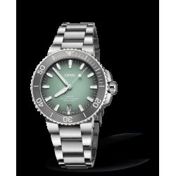 Reloj Oris Aquis Date automático de acero para hombre