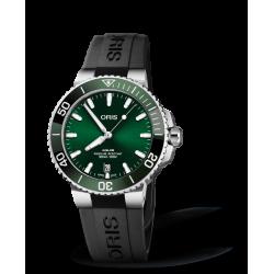 Reloj Oris Aquis Date automático de acero y caucho negro para hombre