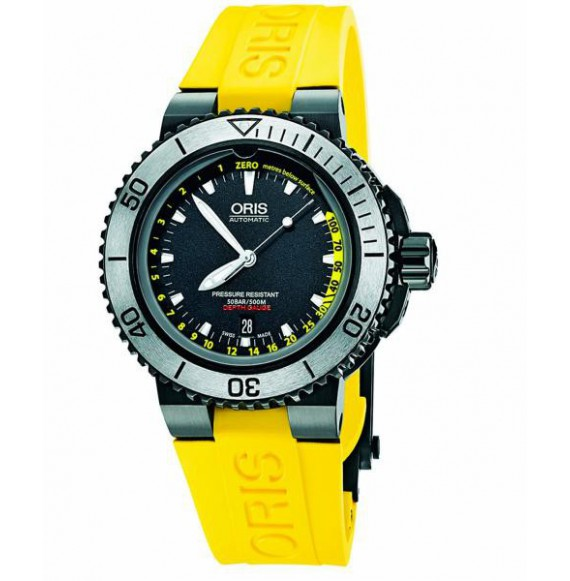 Oris Aquis Depth Gauge Black YELLOW